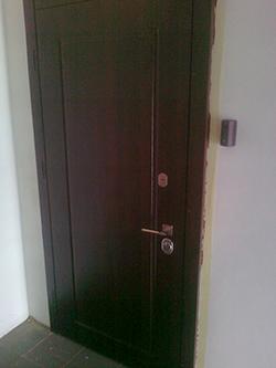 МДФ на металлической двери
